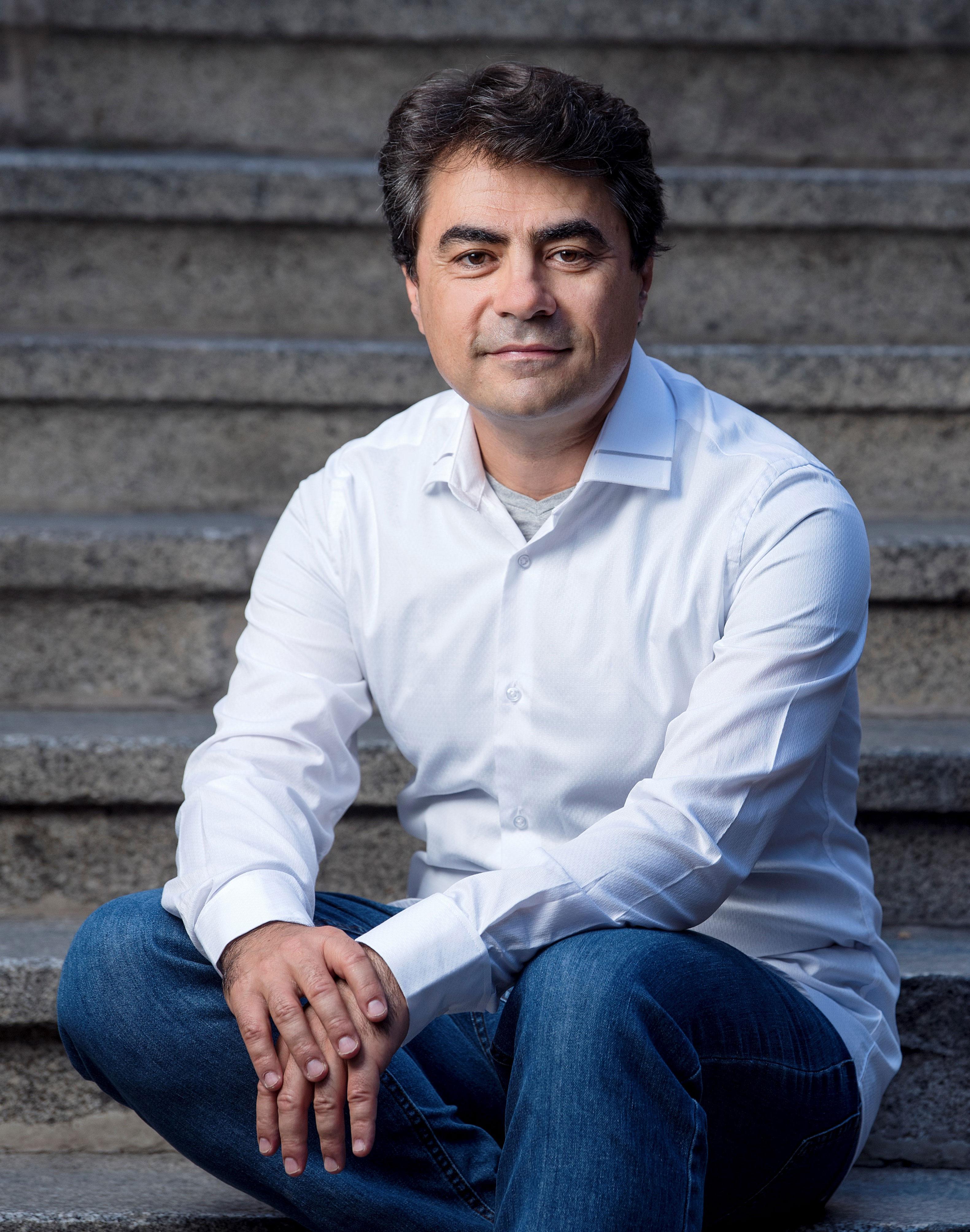 Gustavo Díaz- Jerez